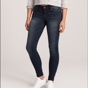 Abercrombie & Fitch Skinny dark wash jeans